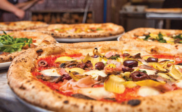 800 Degrees Pizza: Simple, fresh, high quality ingredients Neapolitan pizza
