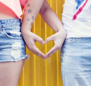 Happn dating app lets you find the people you've crossed paths with