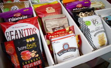 Get delicious healthy snack deliver to your office from SnackNation
