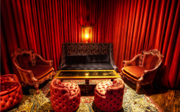 Five Best Lounges in Santa Monica